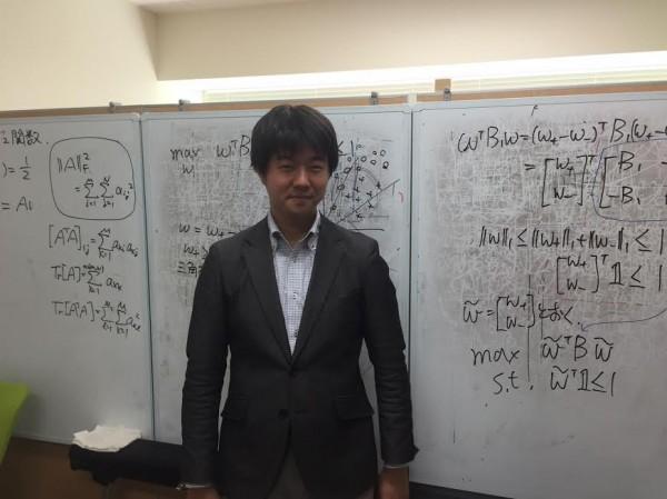 電気通信大学鷲沢教授