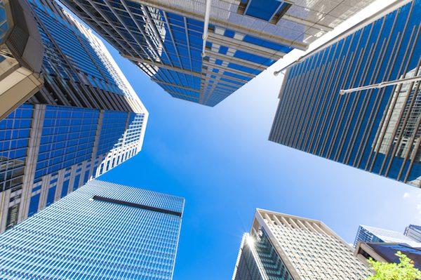 システムエンジニアの会社選び、企業規模と事業内容の違い